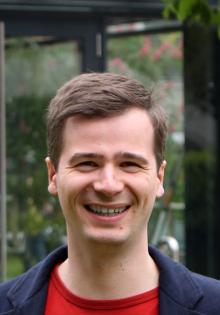 Dr. Nils Weber