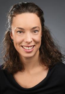 Dr. Viktoria Rath