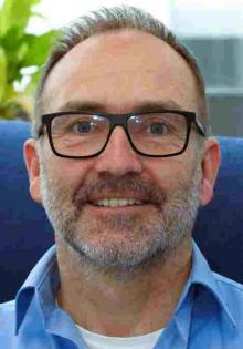 Dr. Jens Simon