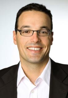 Prof. Dr. Dennis Kundisch