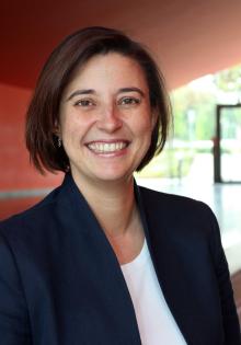 Dr. Yvonne Koch