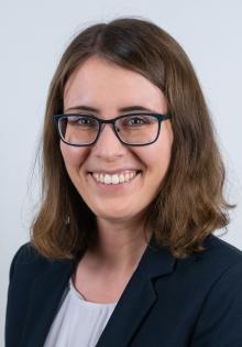 Charlotte  Hahn