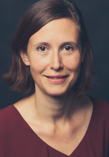 Dr. Lena Weber