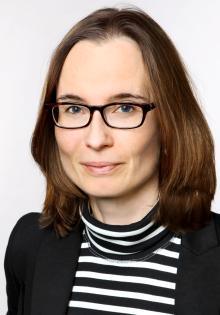 Prof. Dr. Nicole Priesching