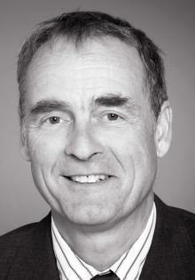 Dr. Helmut Schröder