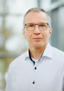 Prof. Dr. Dirk Reuter