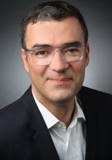 Dr. Markus Greulich