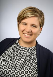 Dr. Britta Hoyer