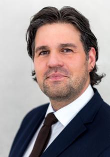 Jun.-Prof. Dr. Hendrik Schlieper