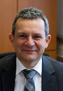 Prof. Dr. Thomas Tröster