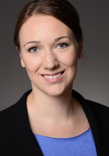 Christine  Göbbels