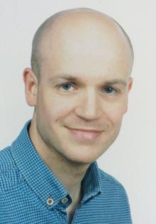 Dr. Tomasz Luks