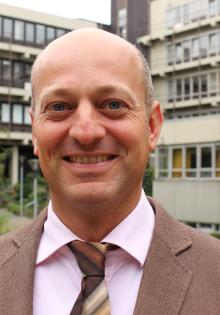 Prof. Dr. Christoph Bürgel