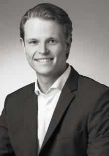 Dr. Alexander Martin