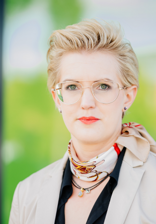 Dr. Katharina Brassat