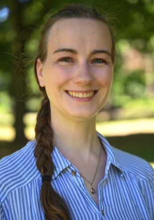 Yvonne  Liebau