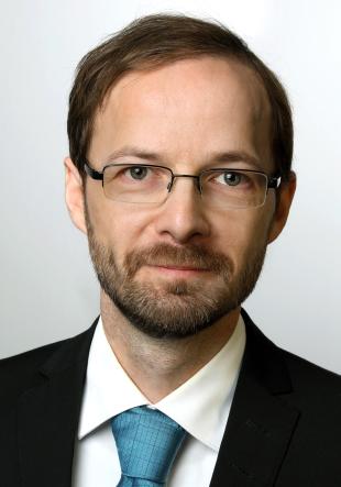 Dr.-Ing. Dominik Teutenberg