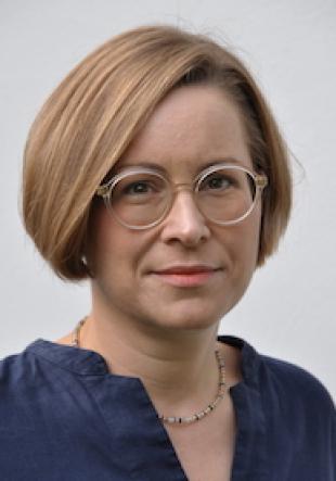 Prof. Dr. Sara Rezat