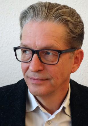 Prof. Dr. Hartmut Winkler