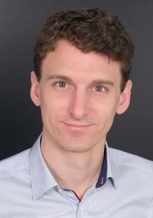 Dr. Benjamin Küster