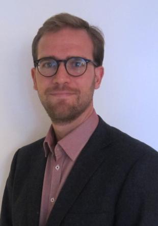 Dr. Matthias Standke
