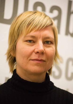 Dr. des. Christine Hartig