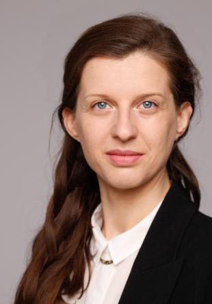 Dr. Christina Lammer