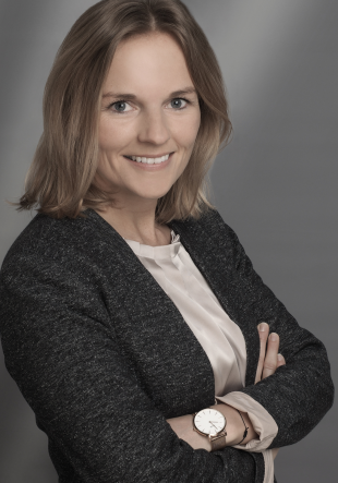 Dr. Katharina von Elbwart