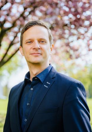 Prof. Dr. Lars Libuda