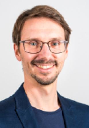 Dr. Thomas Vogel