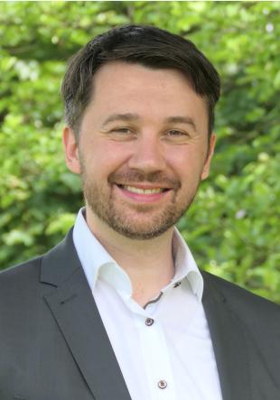 Vertr.-Prof. Dr. Johannes Grössl